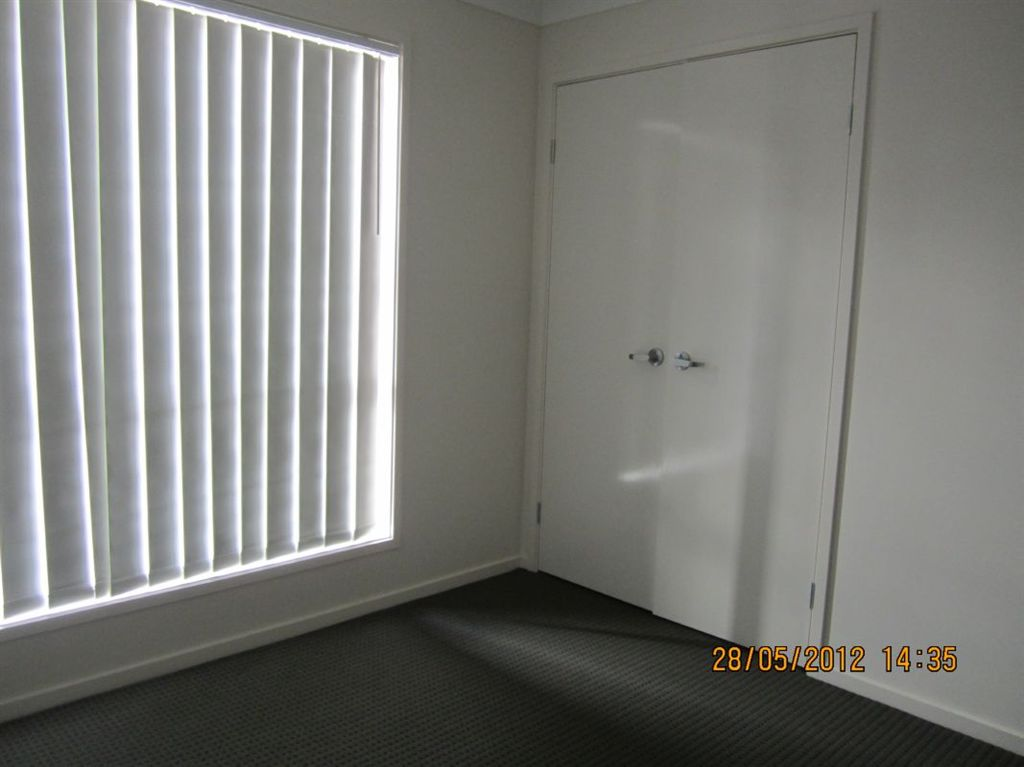 Bedroom with Builtin Robes