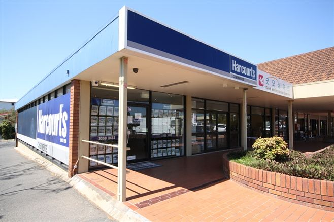 Harcourts Chermside office front