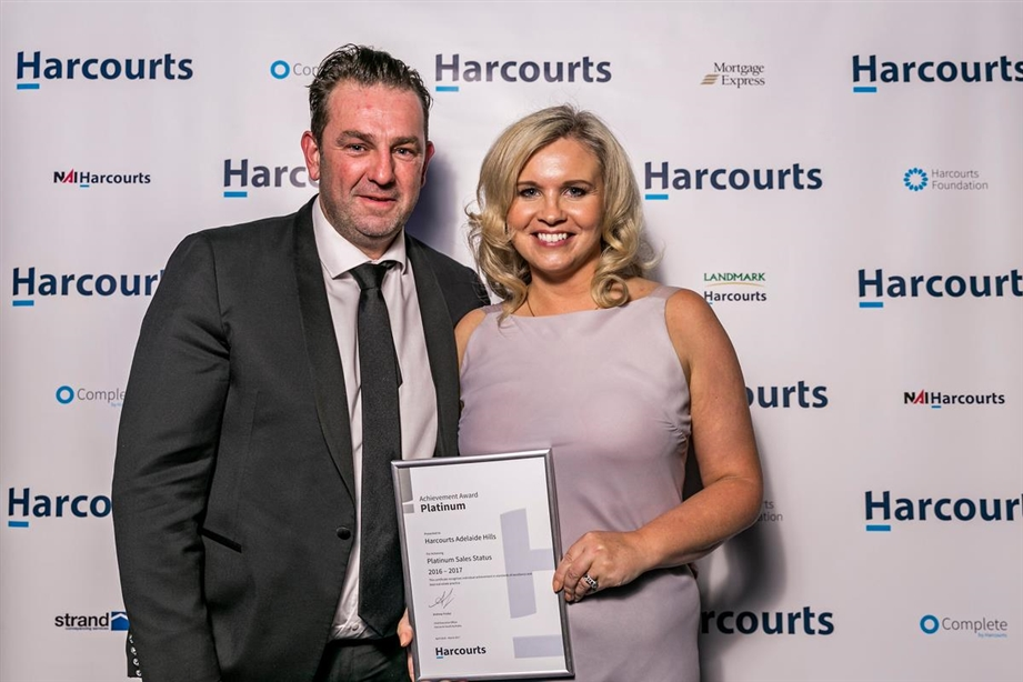 Harcourts Adelaide Hills Business Owners Of The Year