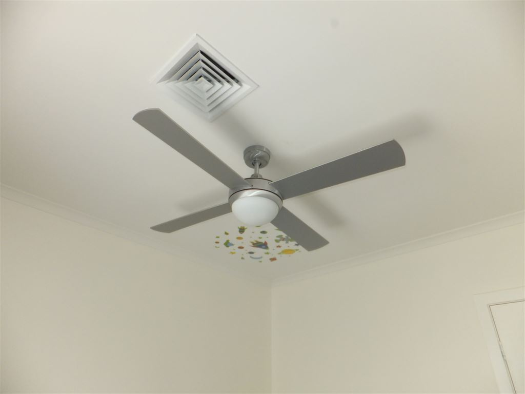 All bedrooms & living areas fitted with ducted heating & air conditioning, together with quality ceiling fans