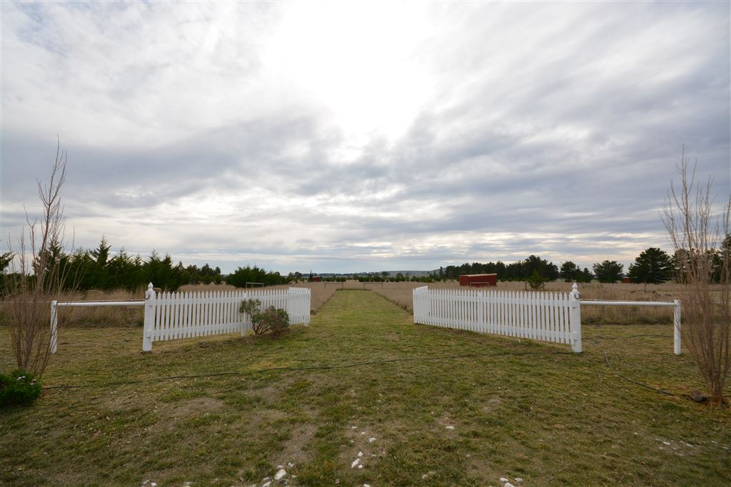 15 Acres Awaiting Your Plans And Offering Lifestyle
