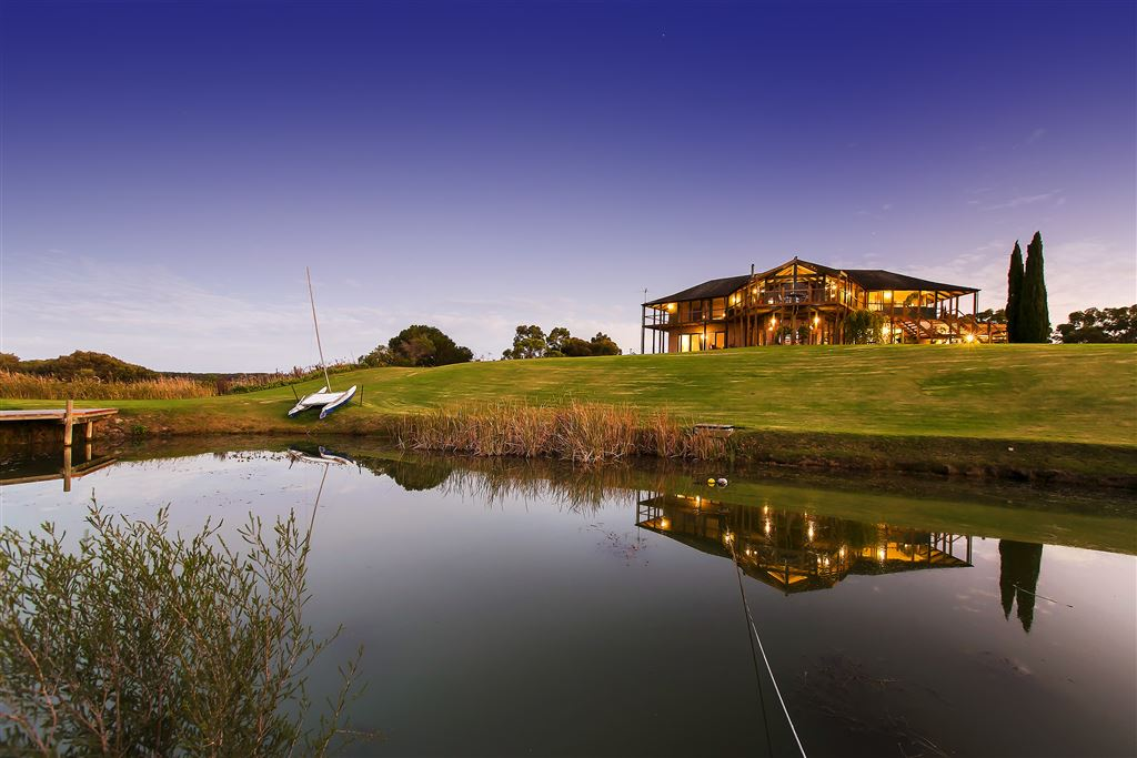 One of SA's Finest Waterfront Lifestyle Properties