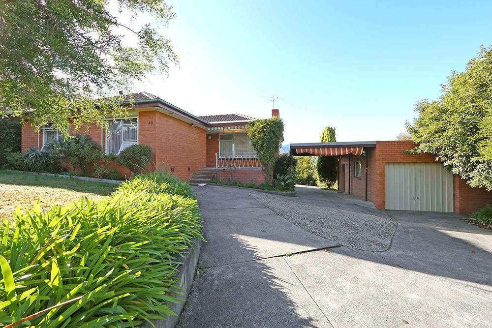 3 Bedroom Home in Fabulous Location