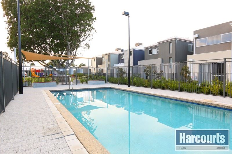 Resort Style Secure Complex - Call Dennis Peach 0417 731 122