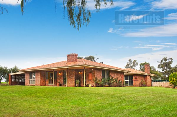 Huge Quality Home, Quiet Location, Rural Outlook
