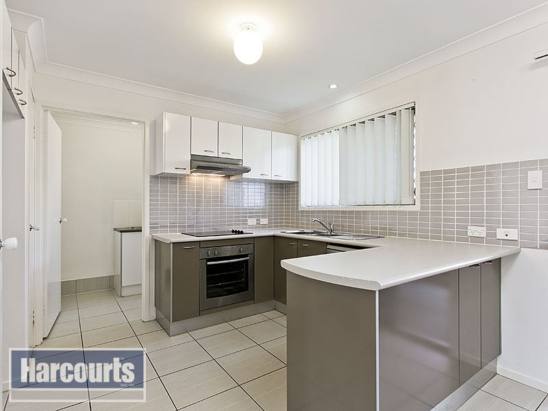 Near New NRAS townhouse with fantastic returns!