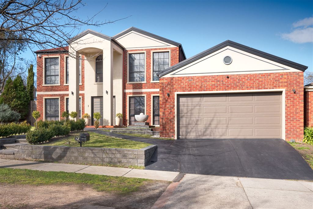 Perfect family home ideal location