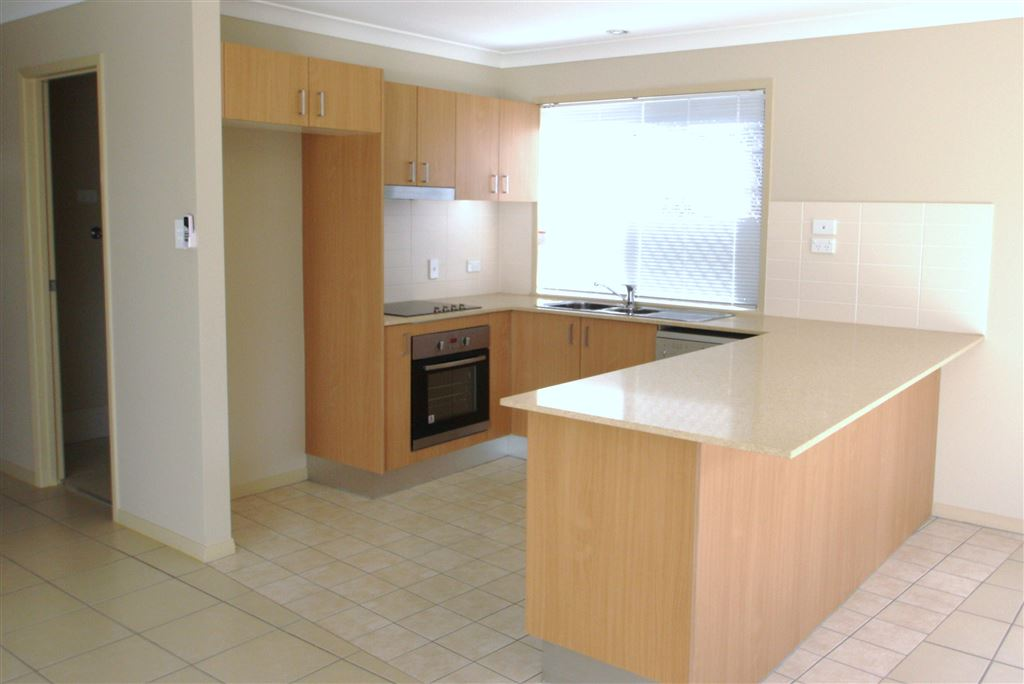 Harcourts Coomera - kitchen