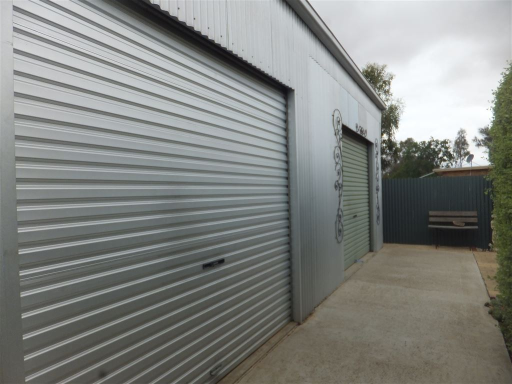 View to double workshop showing fully concreted & paved surounds