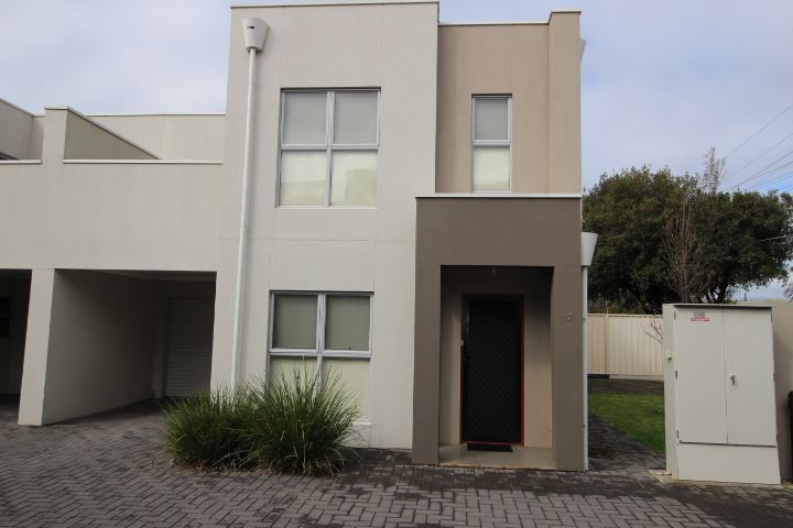 Affordable Townhouse is just an ideal investment