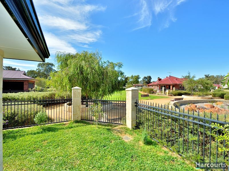 Ravenswood 21 coopers mill way harcourts mandurah for Coopers mill