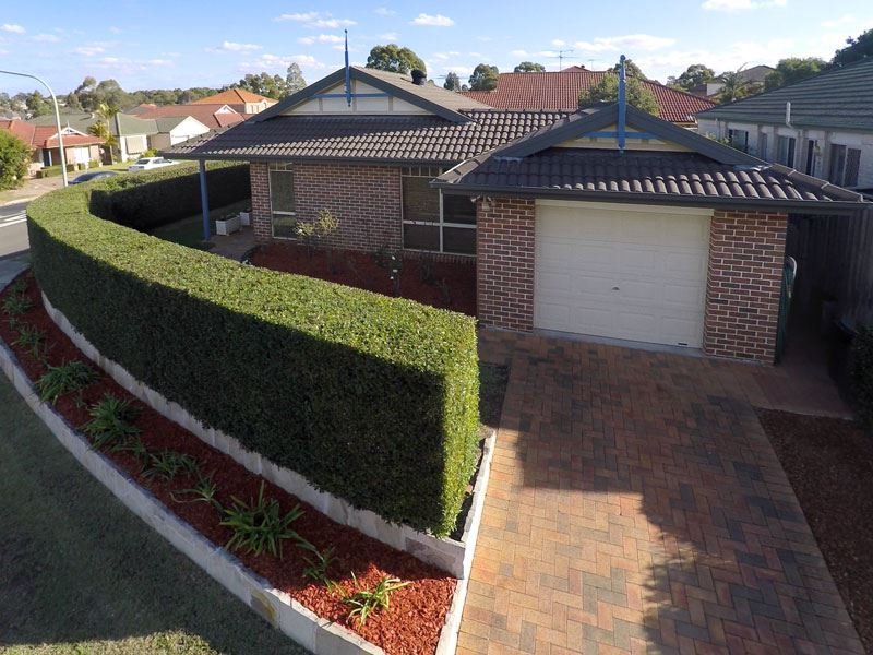 Perfectly positioned, meticulously maintained