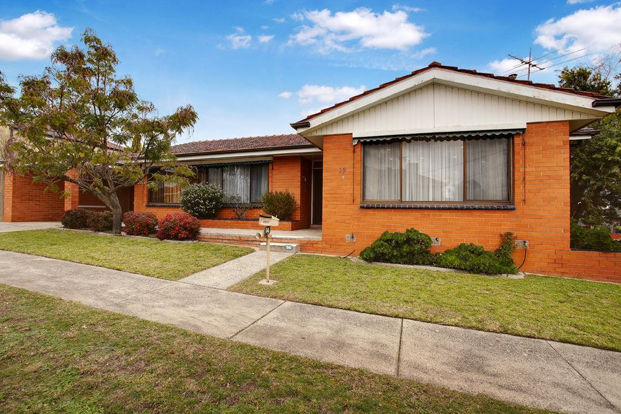 Premium Desirable Pocket, Superb Family Home or Investment