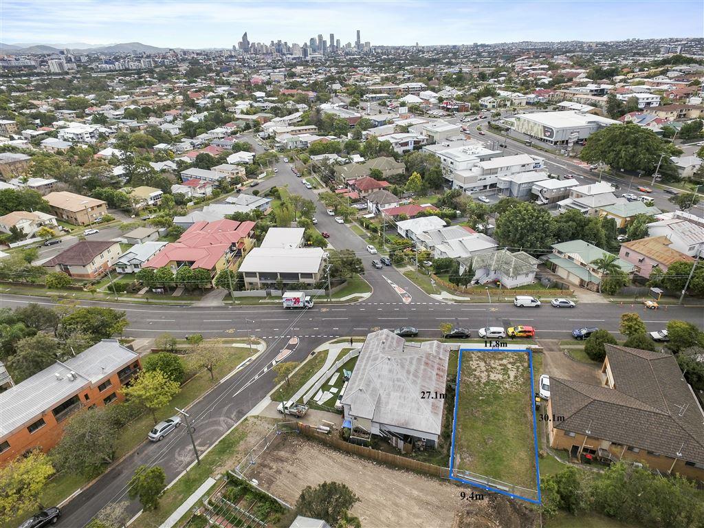 Greenslopes Vacant Land- Big City Views!
