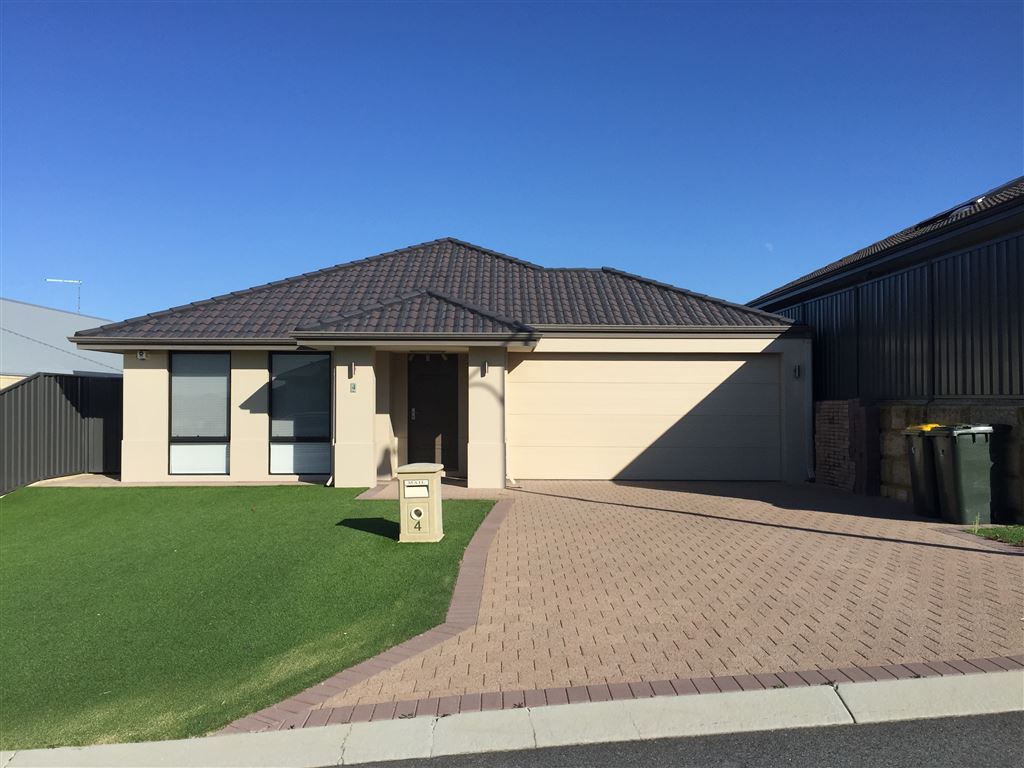 Furnished Low Maintenance Family Home