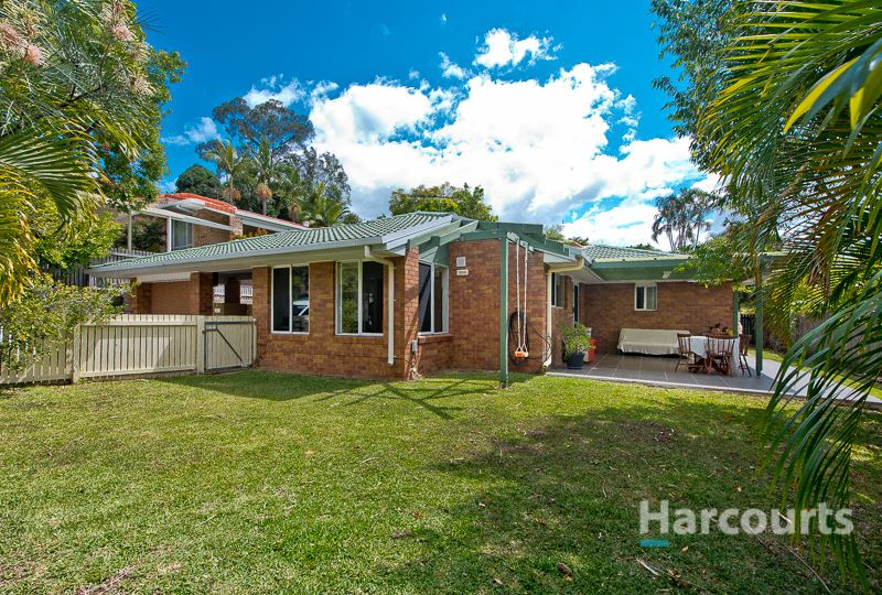 Stylish Home in Popular Kings Park - Don't Miss Out!