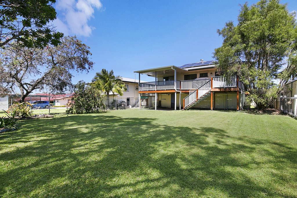 Chermside West - Renovated + Large Covered Deck
