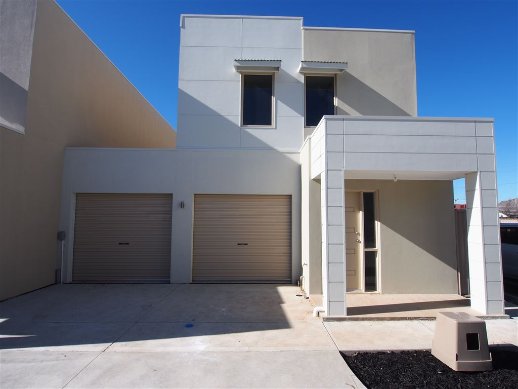 2left! Brand New Townhouse-