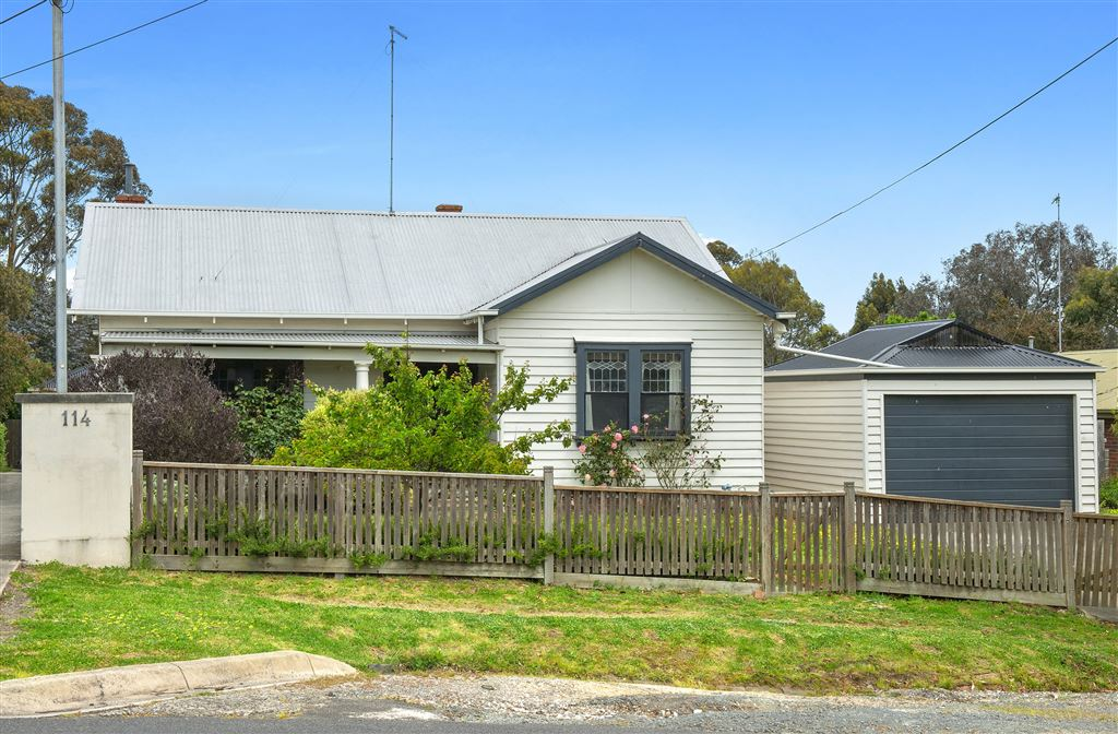 Period Charm, Low Maintenance & Great Locale