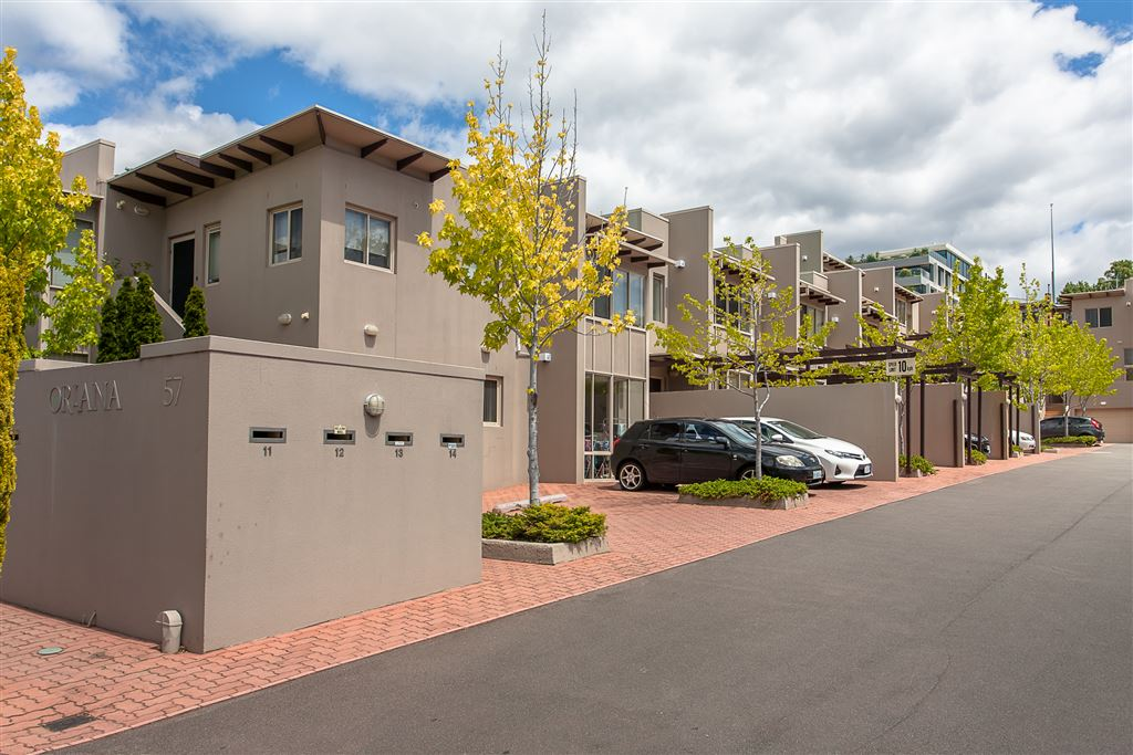 Buyers in the Mid to High $500,000 Should Enquire!