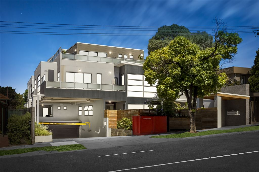 Live in Kew's Hot-Spot - Asking Price $605,000