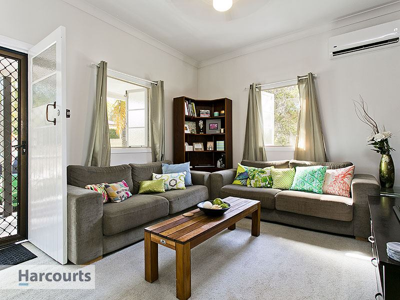 1060 sqm block of Real Estate Gold on the Geebung border!