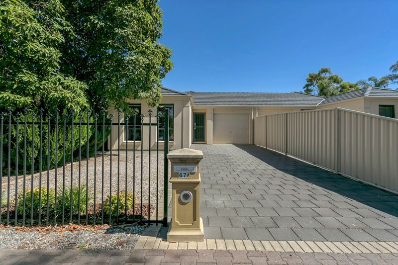 Stylish Family Home in Daw Park