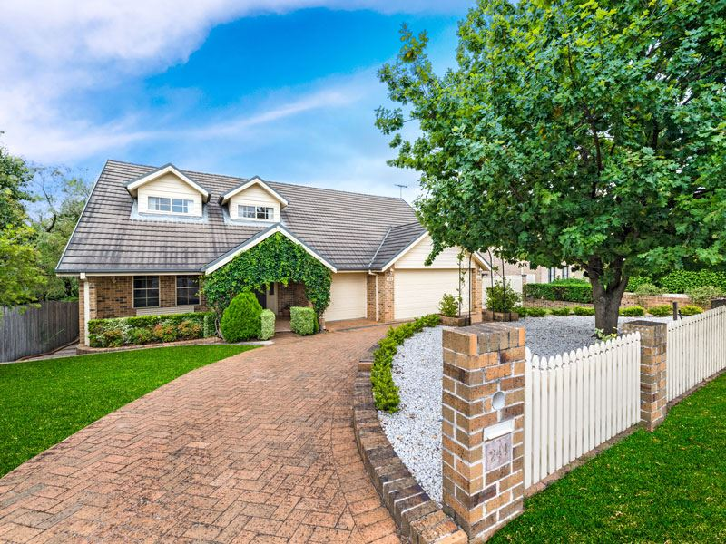 Family Friendly & Within Matthew Pearce Catchment