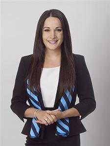 Nicole McFarlane