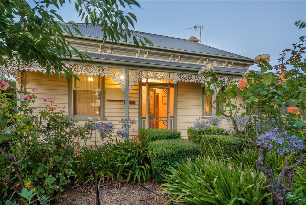 Charming Cottage in Central Location