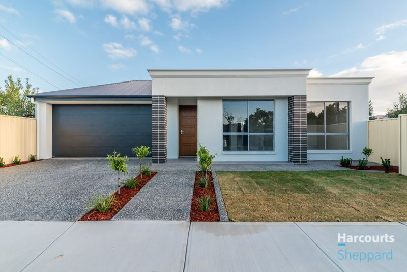 Stunning Brand New Homes - just completed.