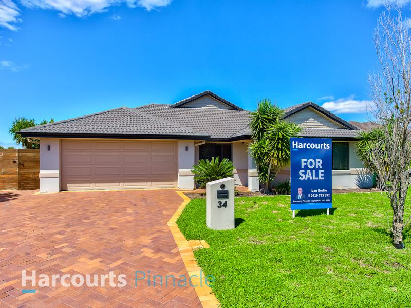 Beautiful lowset home DON'T miss out