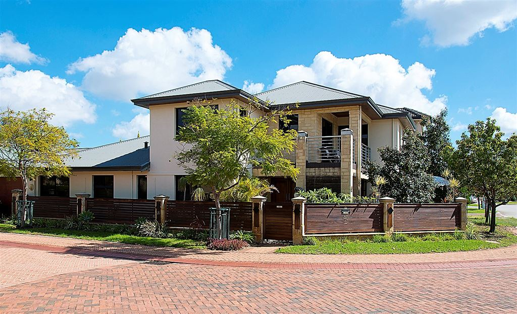 Luxury Residence in Prime Parklands Position