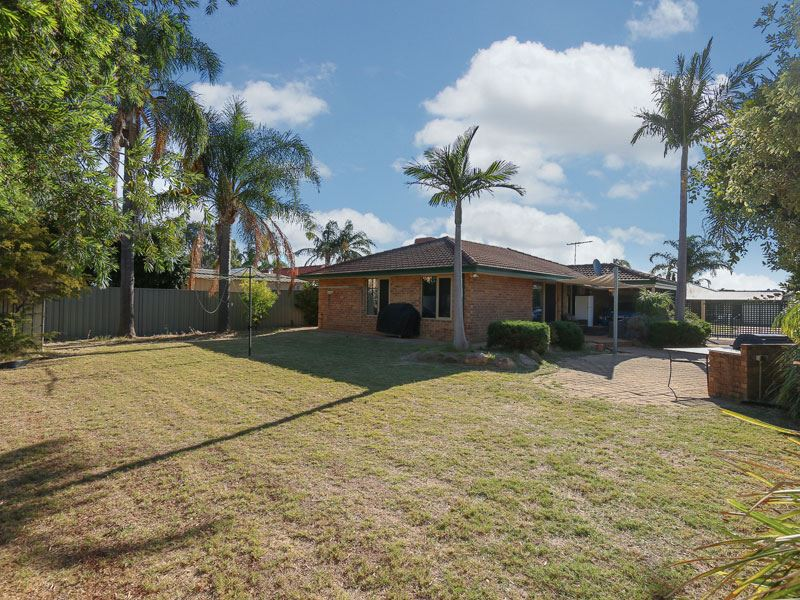 Great buying 4 x 2 Home on large 680m2 block
