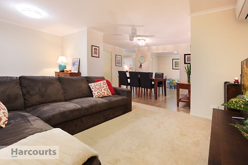 Renovated Low-set with space for the Caravan or Boat!
