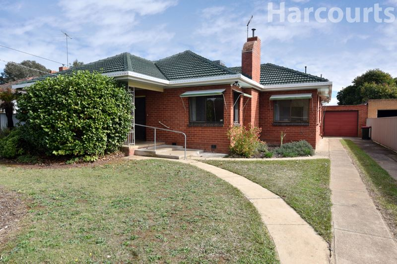 Red brick and Ready to renovate - 760m2