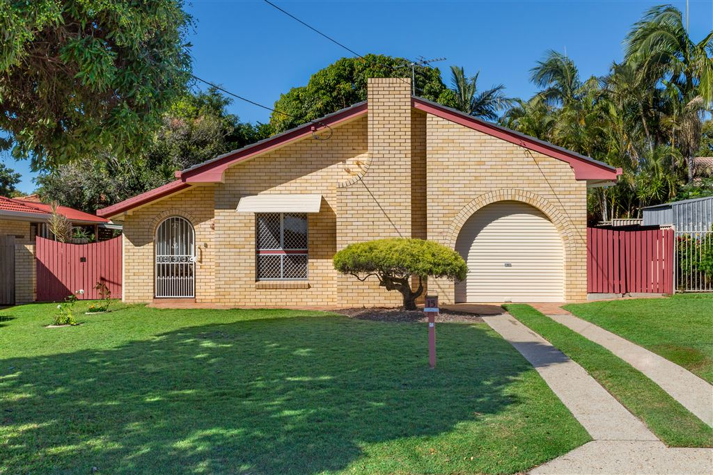 Family Home, Central Redcliffe, Side Access