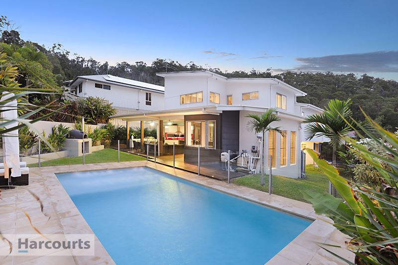 Stunning Contemporary Home Perfect for Entertaining