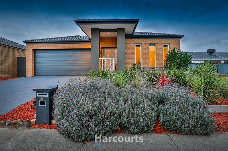Stunning Home and Location - Cardinia Lakes!