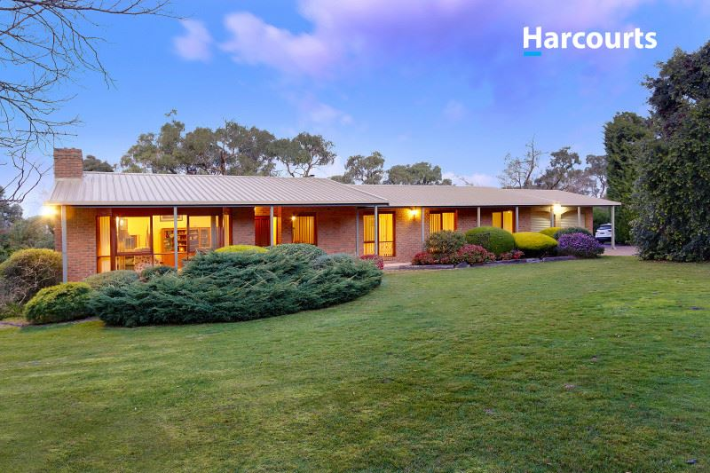 5.4 Acres of privacy and peace. Your hidden hide away!