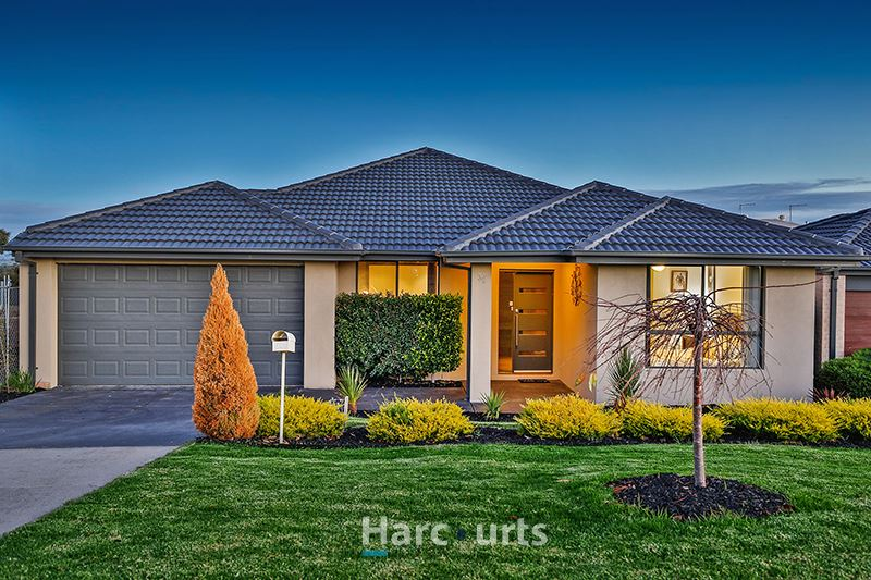 An Immaculate Family Home - Cardinia Lakes