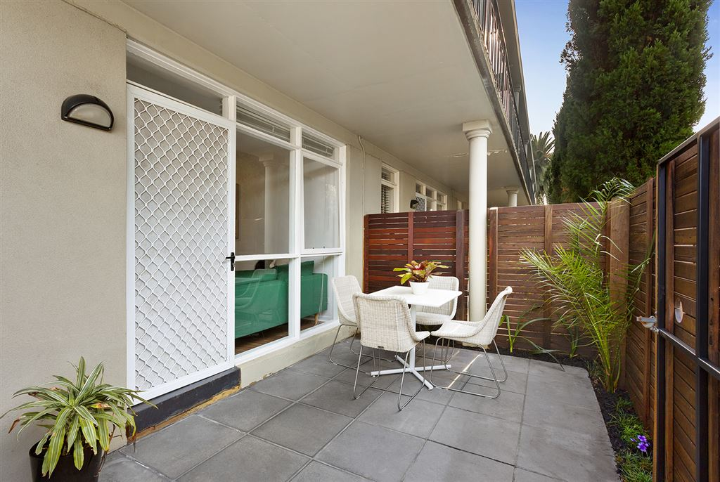 Enjoyment Made Certain With 2 Courtyards...