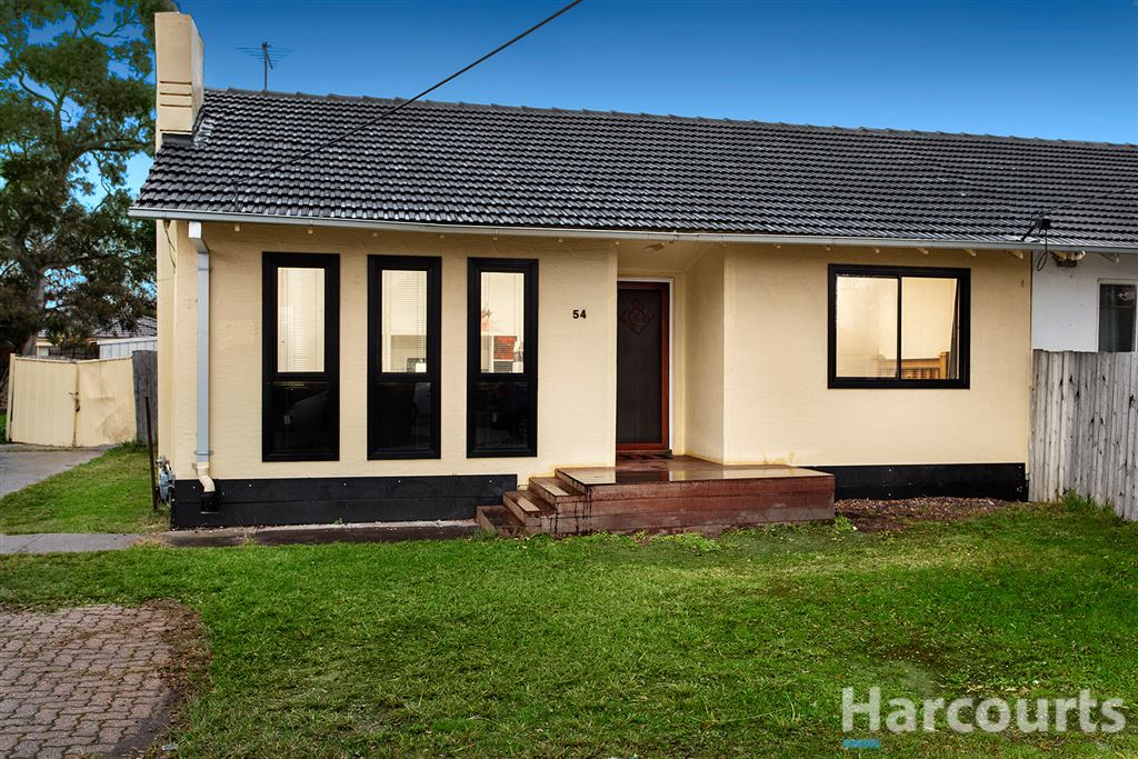 Spectacular opportunity for first home buyers & investors