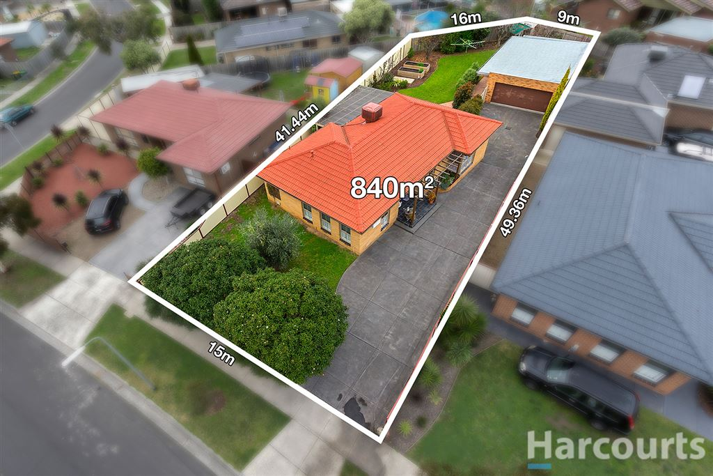 Realise the Potential on 840m² - 4 Car Garage