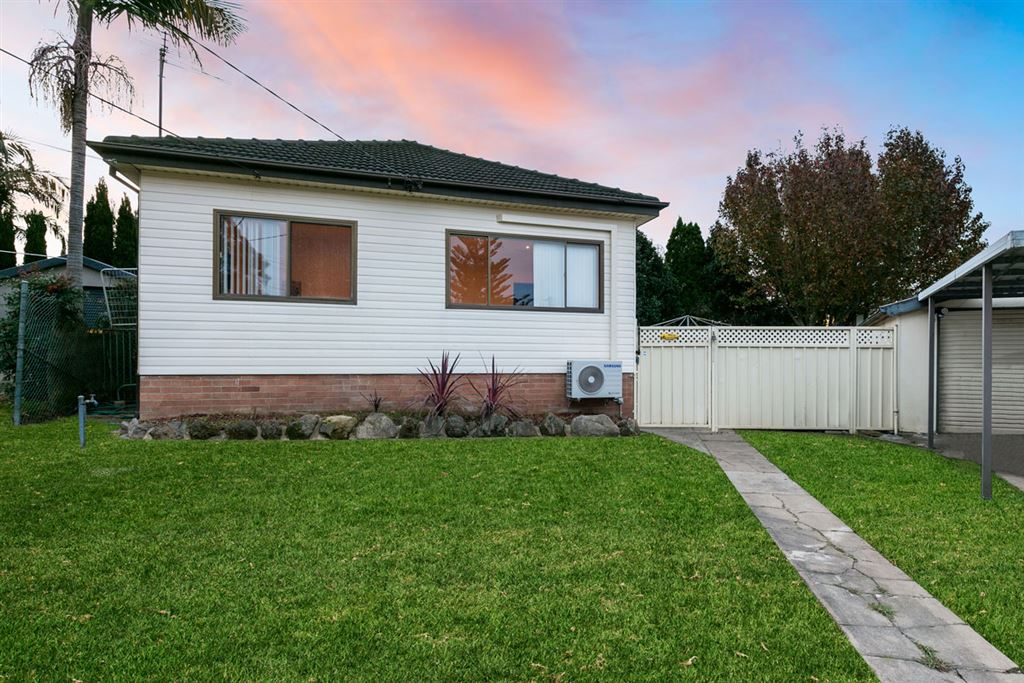 Cosy, Convenient Cottage & Only 750m Seven Hills Station