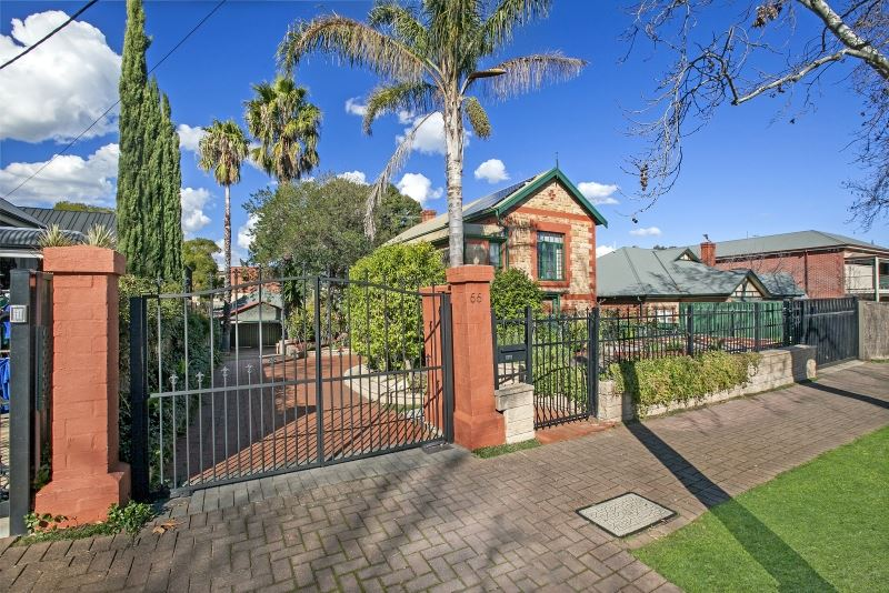 Double Family Residence in the highly sought after St Peters
