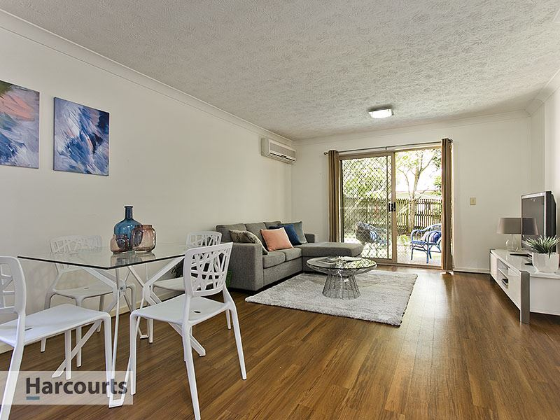 Spacious ground floor unit with courtyard