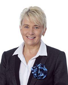 Lorraine Lakomy
