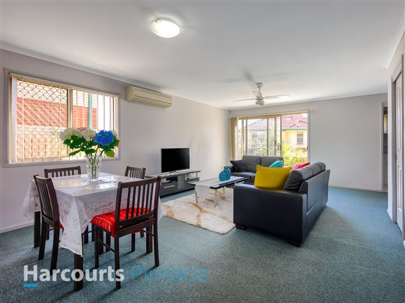 Spacious Low Maintenance Townhouse ready to go