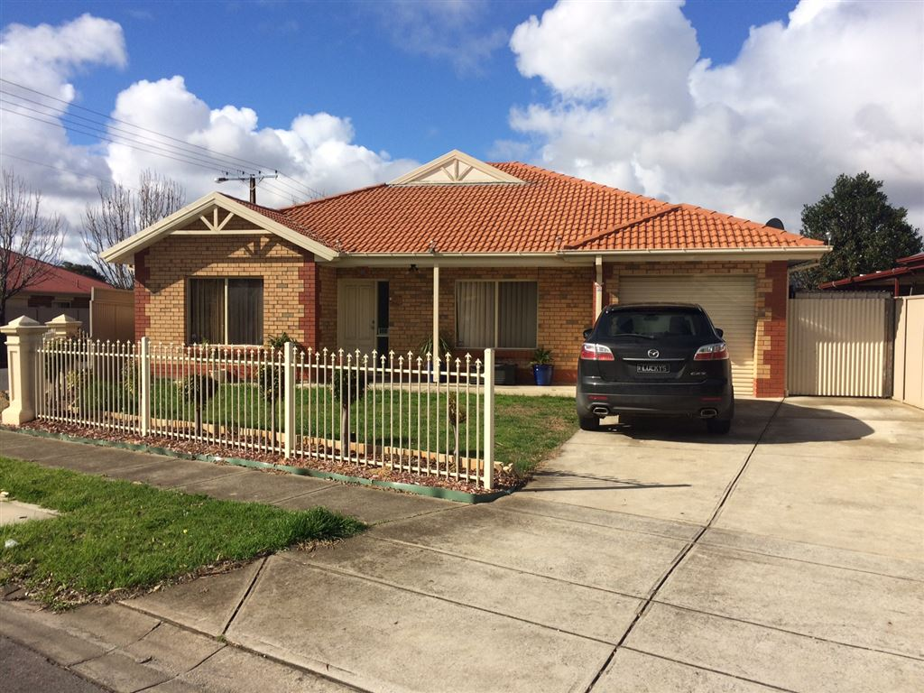 Ideal family home with it all!